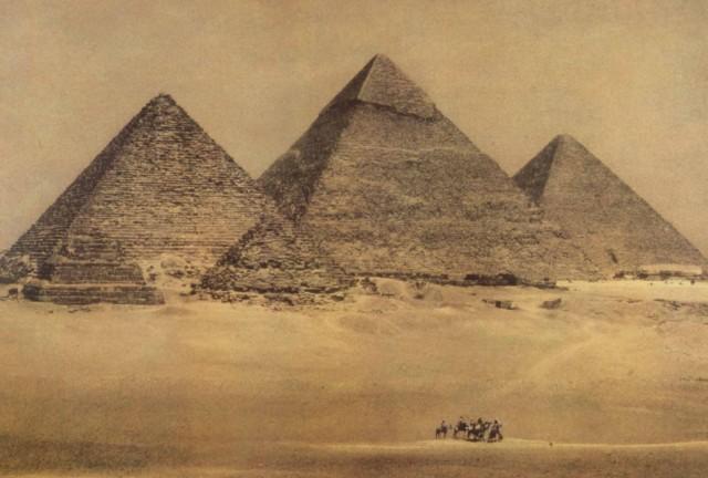 Египетские пирамиды, 1996. Фотограф Шейла Мецнер