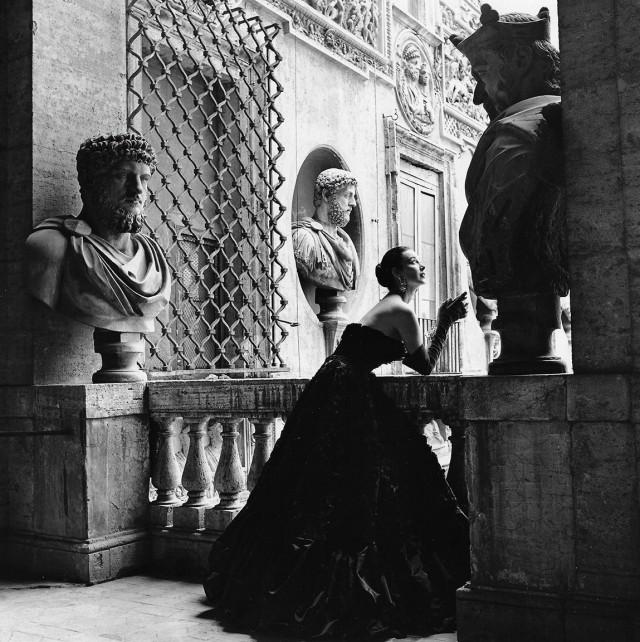 Модель Дориан Ли, Рим, Harper's Bazaar, 1953. Фотограф Женевьев Нейлор
