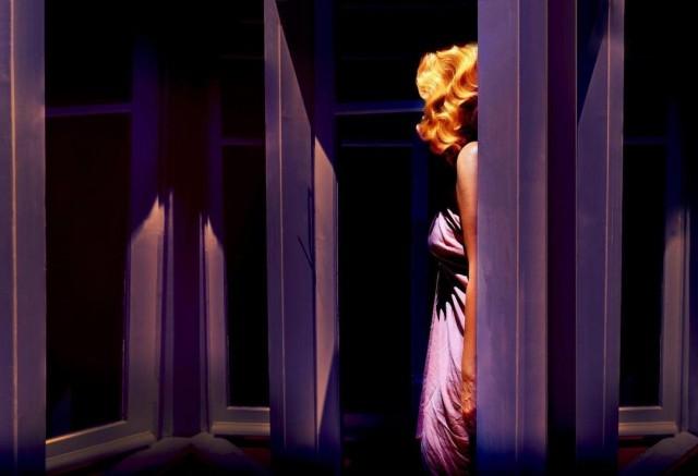 Из серии «Интерлюдия в синем». Фотограф Ioanna Natsikou