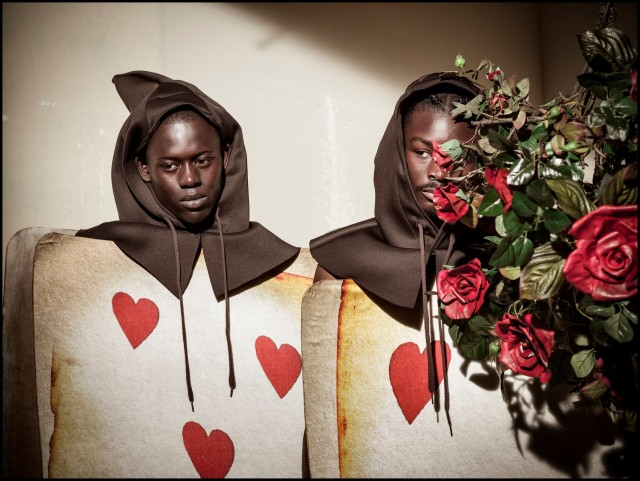 Альфа Диа и Кинг Овусу. «Календарь Пирелли», 2018. Фотограф Тим Уолкер