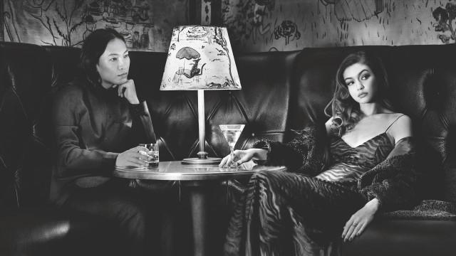 Александр Вэнг и Джиджи Хадид. «Календарь Пирелли», 2019. Фотограф Альберт Уотсон