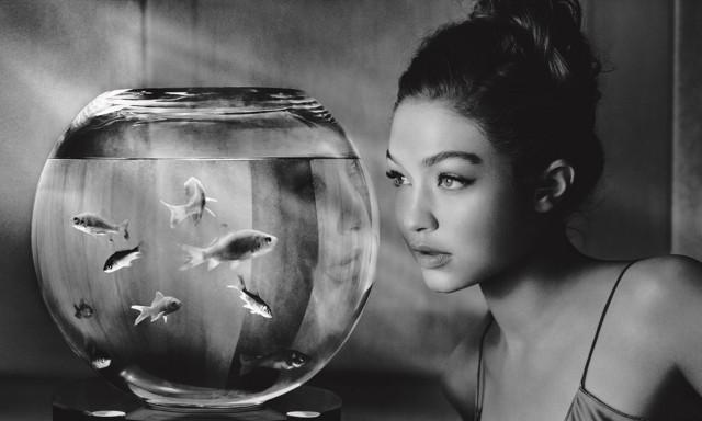 Джиджи Хадид. «Календарь Пирелли», 2019. Фотограф Альберт Уотсон