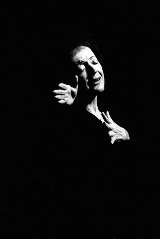 Портрет Эдит Пиаф. 1962 год. Фотограф Жан-Филипп Шарбонье
