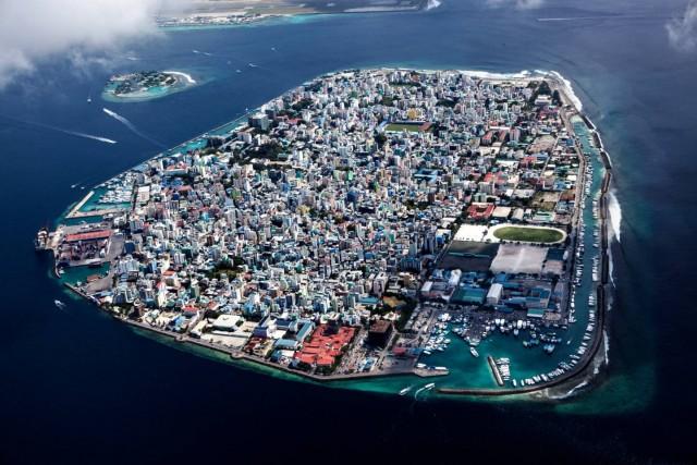 Мале, столица Мальдив. Республика входит в число стран, наиболее уязвимых перед повышением уровня воды. Фотограф Паскаль Мэтр