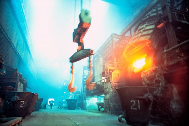 Доменные печи металлургического комбината «Норильский никель». Фотограф Паскаль Мэтр