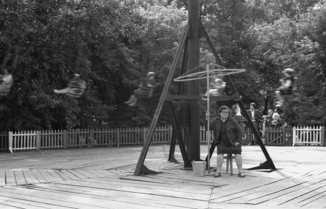 Карусель в Саду металлургов. Новокузнецк, 1981. Фотограф Владимир Воробьев