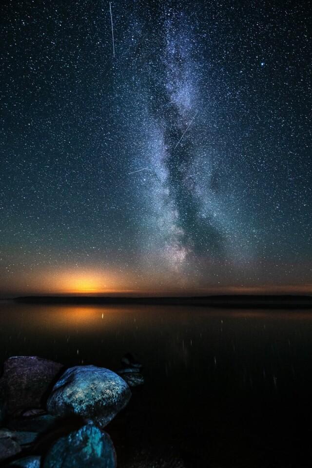 Номинант, 2021. «Путь к неизведанному». Ладожское озеро, вид с острова Лункулансаари, август 2020 года. Автор Евгения Курочко