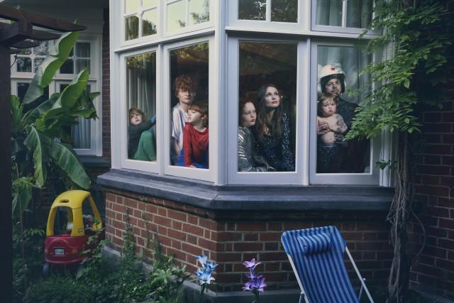 2 место в категории «Портрет». «Профессиональная» номинация, 2021. Люди в изоляции. Автор Джулия Фуллертон-Баттен