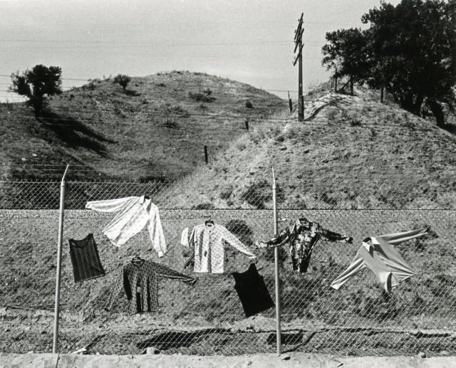 Блошиный рынок в Лос-Анджелесе, 1972. Фотограф Гэри Крюгер