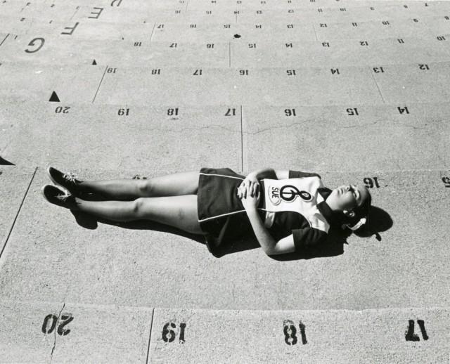 Соревнования по чирлидингу, Лос-Анджелес, 1972 . Фотограф Гэри Крюгер