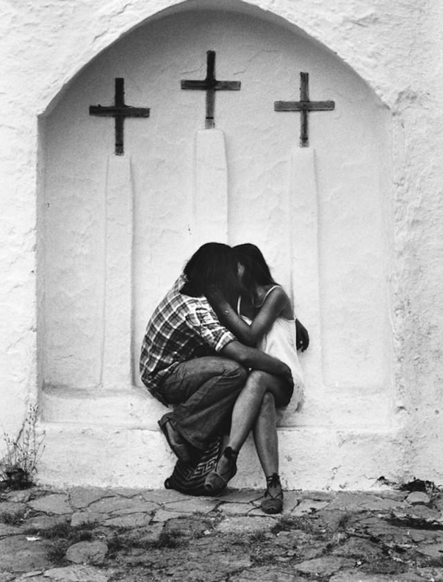 Целующиеся, 1953. Фотограф Марио Де Бьязи