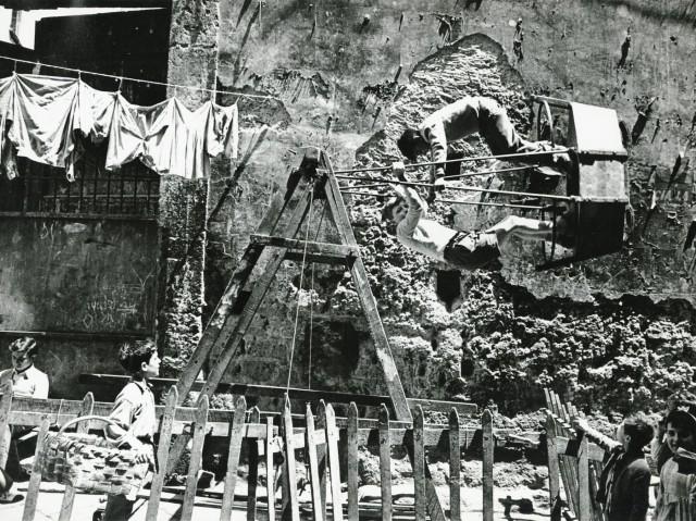 Неаполь, 1950-е. Фотограф Марио Де Бьязи