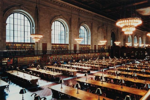Нью-Йоркская публичная библиотека, 1999. Фотограф Кандида Хёфер