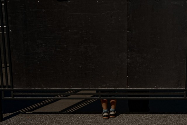 Мальчик, Москва, 2014. Фотограф Борис Савельев