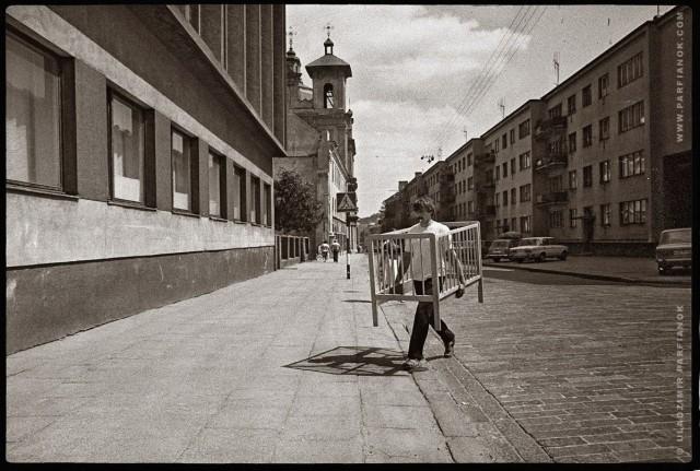 Из серии «Фрагменты бытия». Вильнюс, 1986–1989. Фотограф Владимир Парфенок