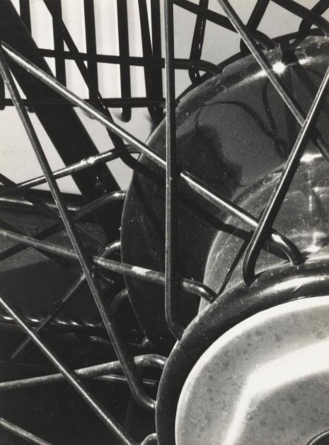 Колесо, 1930. Фотограф Соня Носковяк