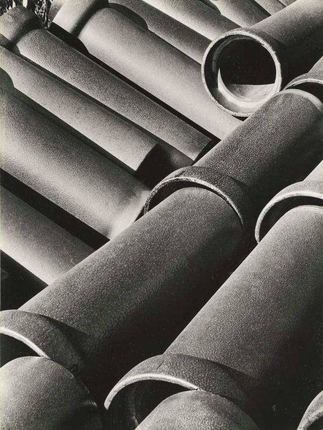 Канализационные трубы, 1929. Фотограф Бретт Уэстон
