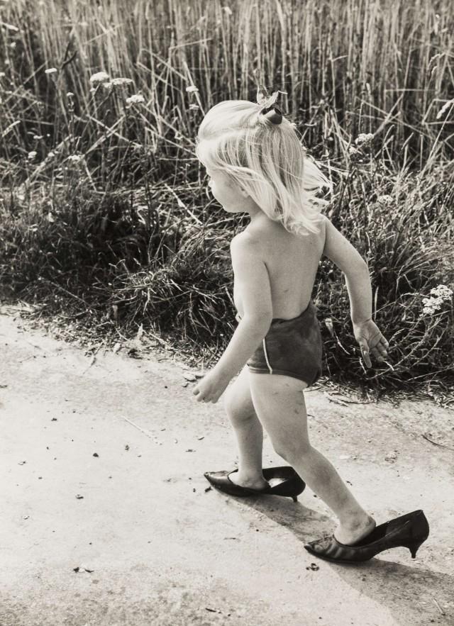Блондинка в туфлях. Норман Паркинсон