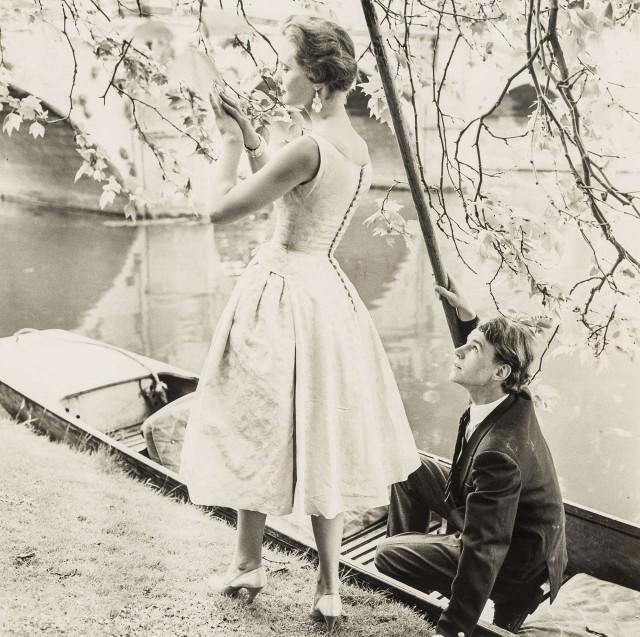 Пара у реки.  Норман Паркинсон