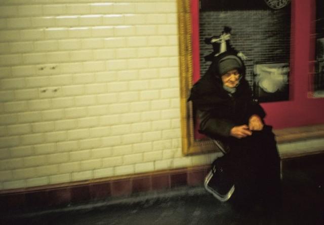 Фотография из книги Долорес Марат, посвящённой парижскому метро. Фотограф Долорес Марат
