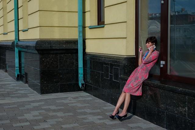 Телефонный разговор, Москва. Фотограф Вивиан дель Рио