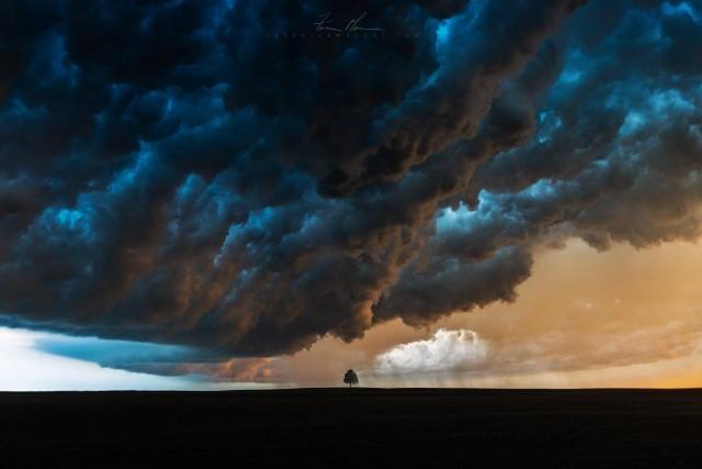Гроза в Южной Дакоте. Автор Фредрик Маскат