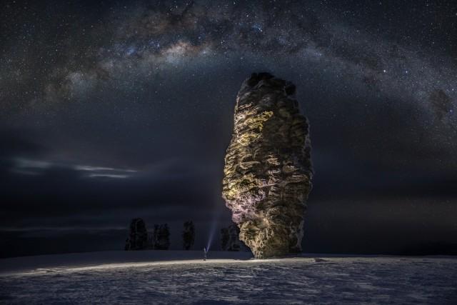 Плато Маньпупунёр, ночь. Фотограф Дмитрий Архипов