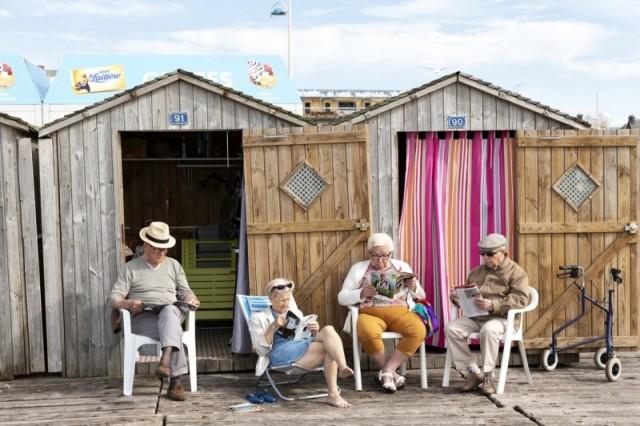 2 место в категории «Путешествия и приключения». Пенсионеры на пляже в Нормандии, Франция. Автор Делла Латта Массимо