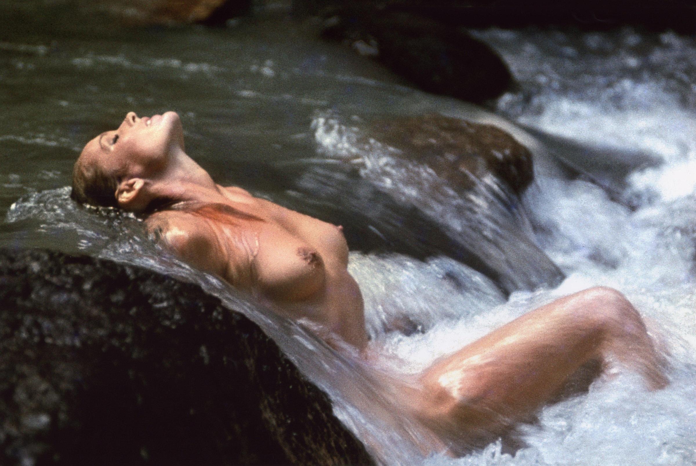 Урсула Андресс, июнь 1965 года. Фотограф Джон Дерек