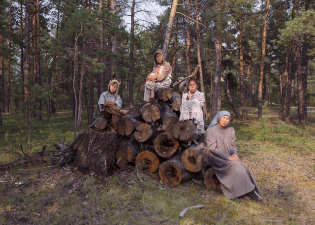 Семья Степановых на съёмках «Бэйбэрикээн». Фотограф Алексей Васильев