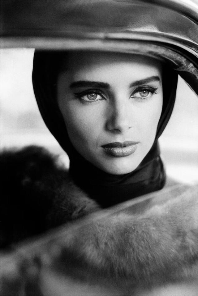 Хизер Стюарт-Уайт для Vogue Париж, 1992 год. Фотограф Доминик Иссерманн