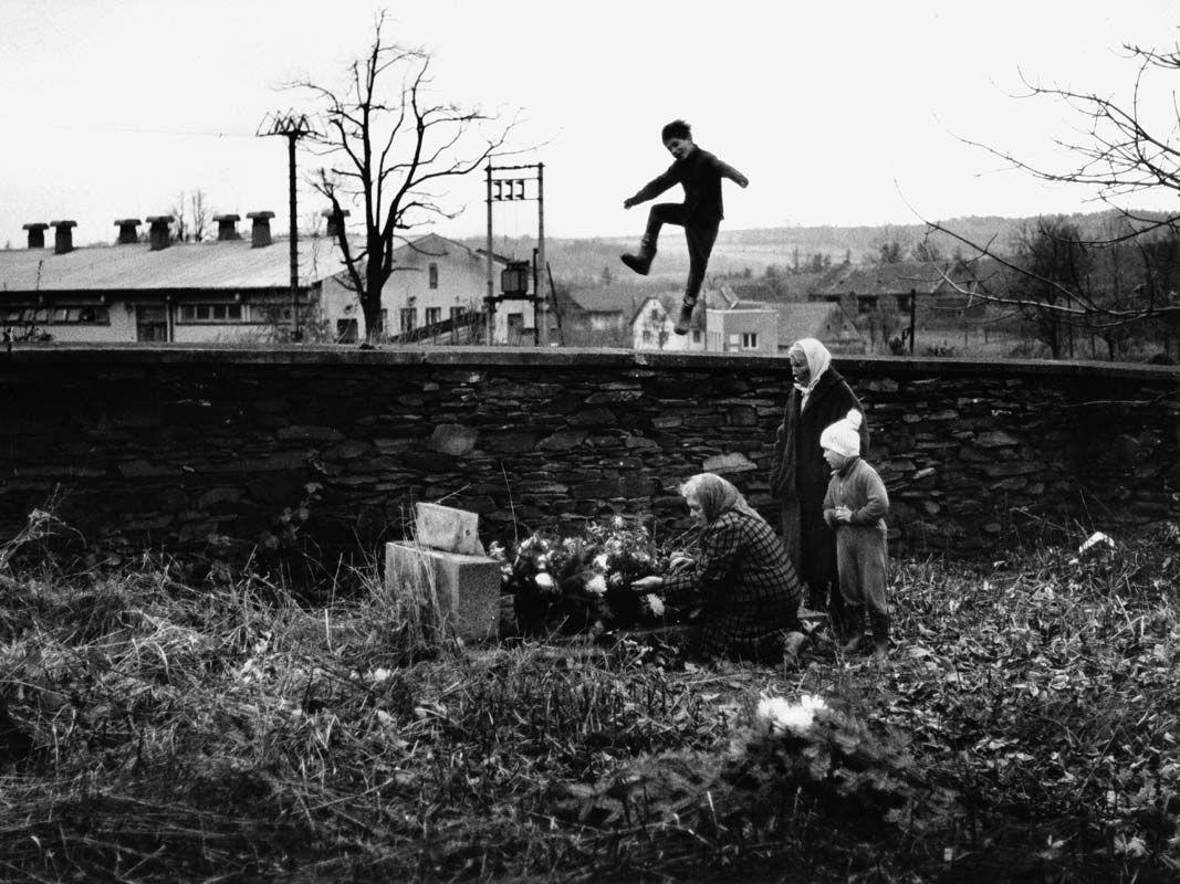 День поминовения усопших в Чехии, 1981. Йиндржих Штрейт