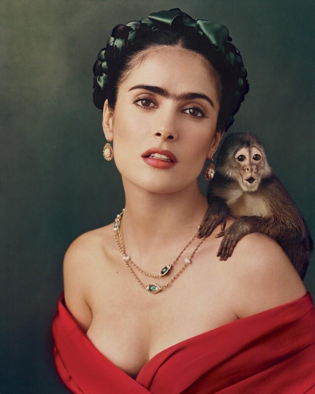 Сальма Хайек в образе Фриды Кало. Фотограф Энни Лейбовиц
