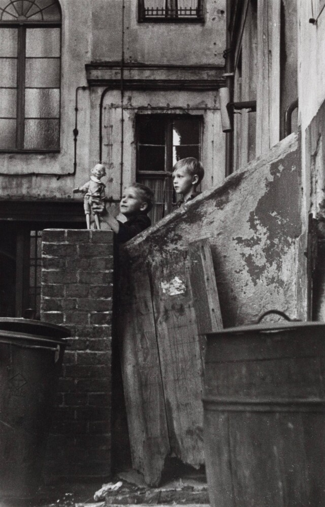 Восточный Берлин, 1964 год. Фотограф Сибилла Бергеман