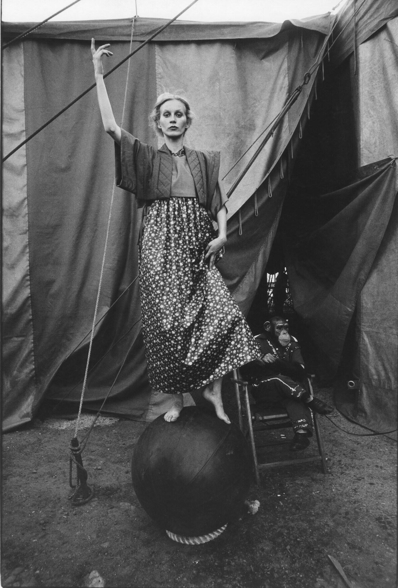 Сьюзи, из серии Мода ГДР, 1976 год. Фотограф Сибилла Бергеман