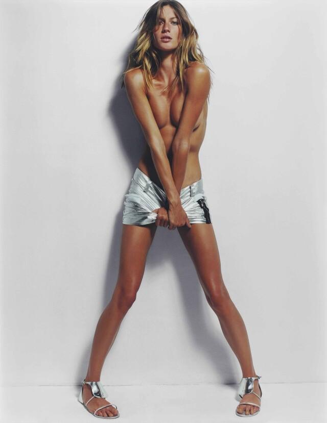Жизель Бюндхен, Vogue, 2002. Фотограф Марио Тестино