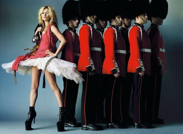 Кейт Мосс, Vogue. Фотограф Марио Тестино