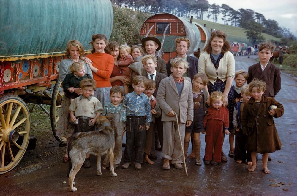 Цыганская семья, Киллорглин, 1954 год. Фотограф Инге Морат