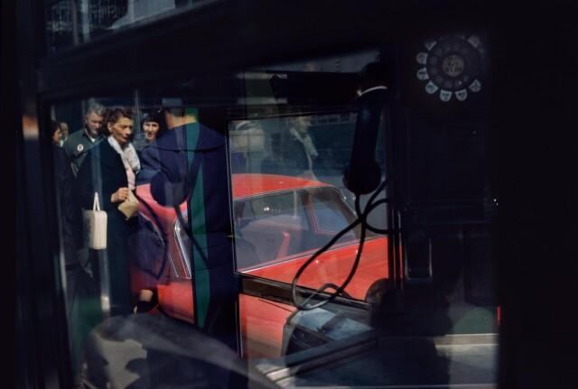 Телефонная будка, Нью-Йорк, 1962. Фотограф Эрнст Хаас