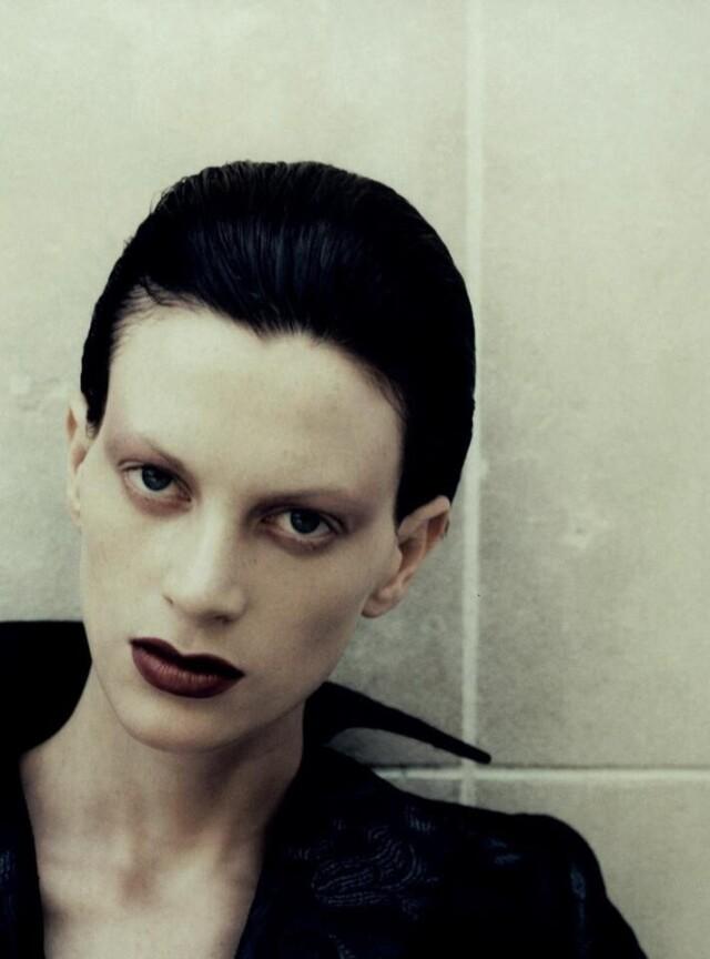 Кристен Макменами для Vogue Париж, 1994 год. Фотограф Юрген Теллер