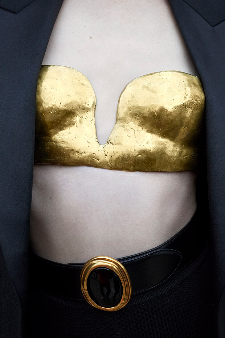 Для Yves Saint Laurent, лето 2021 год. Фотограф Юрген Теллер