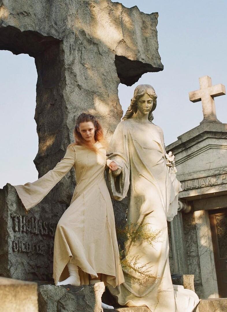 Для британский Vogue, 2003 год. Фотограф Юрген Теллер