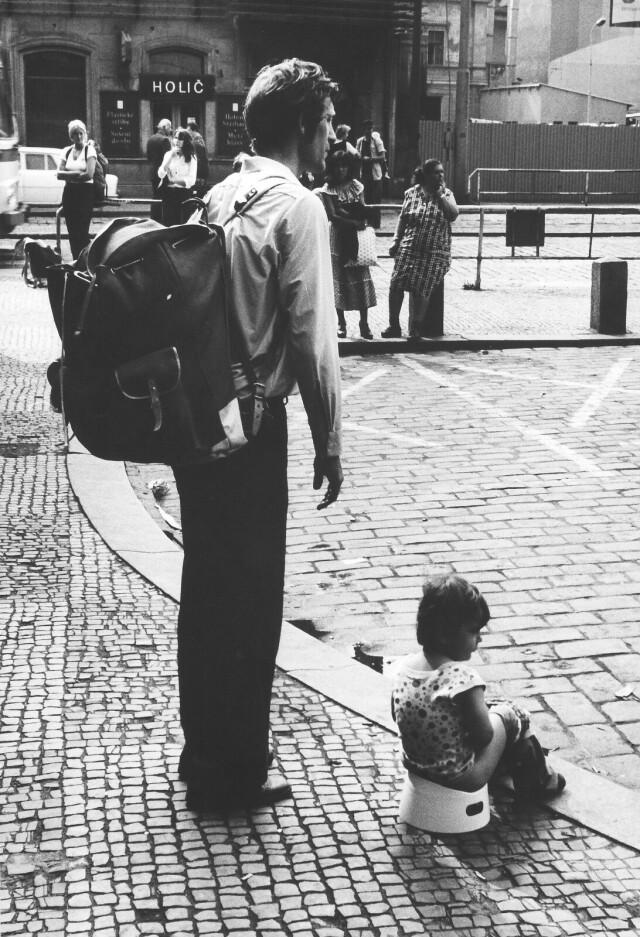 Случай на улице, 1980. Фотограф Франтишек Досталь