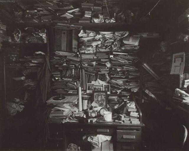Лабиринт в моём ателье, 1960 год. Фотограф Йозеф Судек