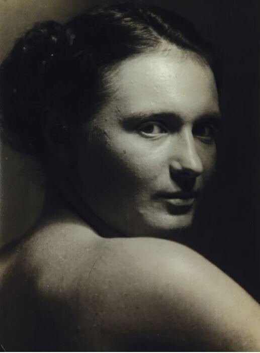 Милена, 1942 год. Фотограф Йозеф Судек