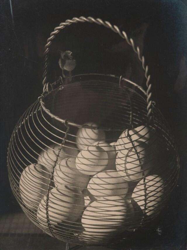 Композиция с яйцами, 1950 год. Фотограф Йозеф Судек