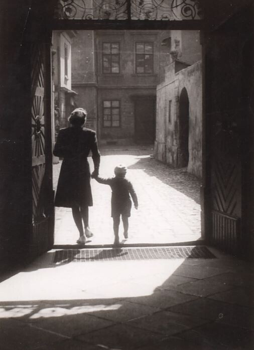 Уголки Праги, 1958 год. Фотограф Йозеф Судек