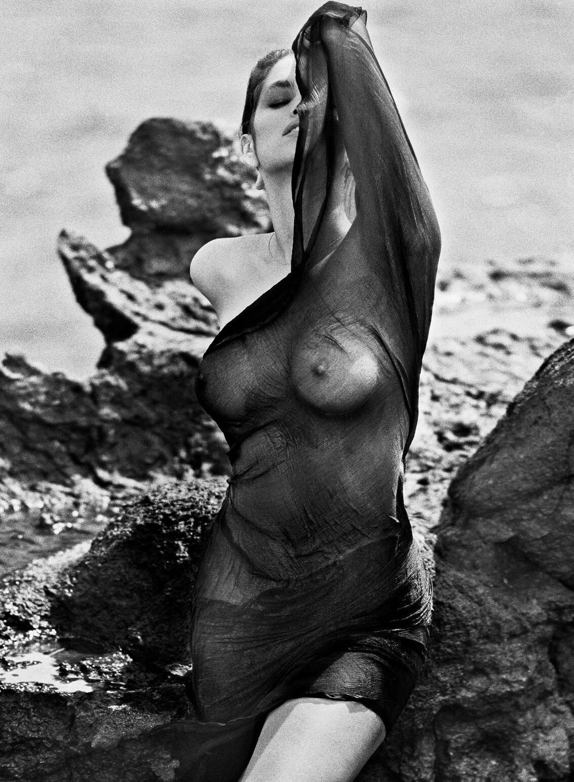 Синди Кроуфорд. Фотограф Марко Главиано