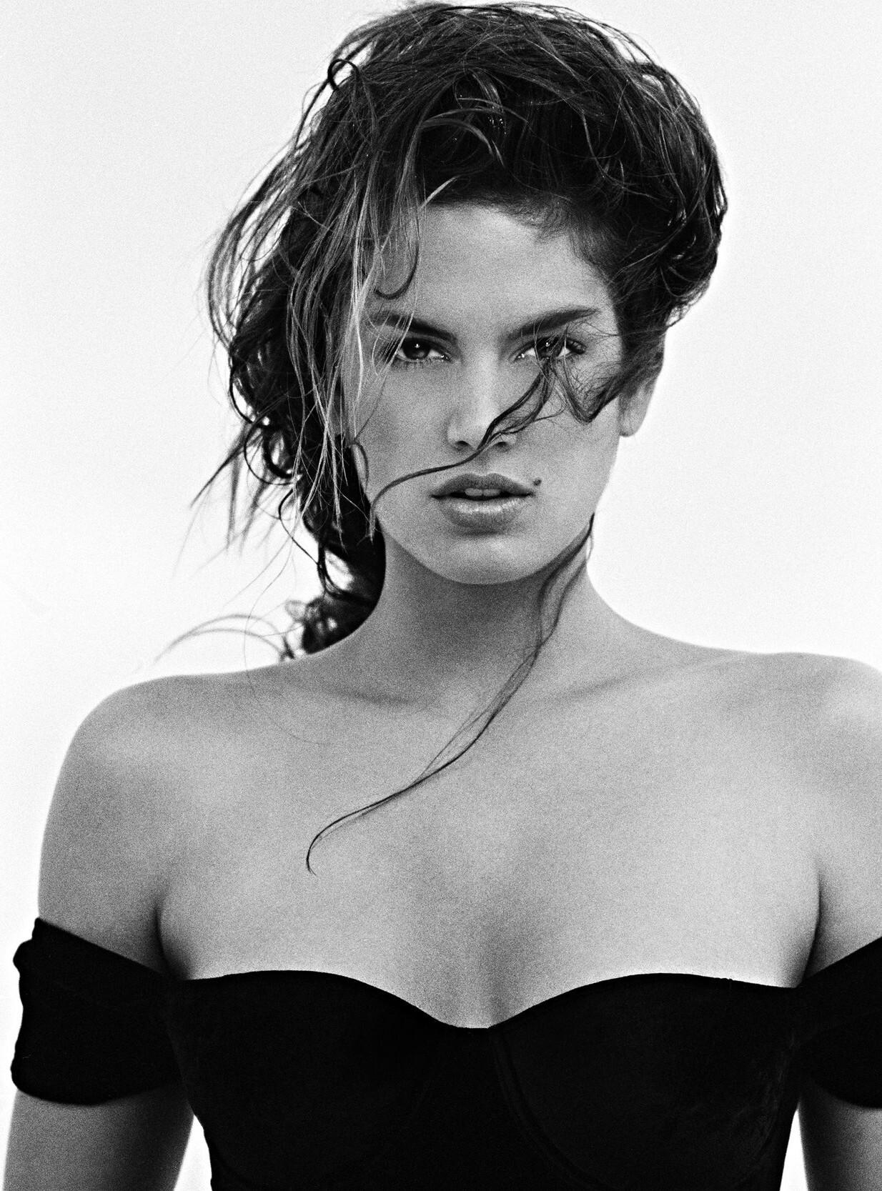 Синди Кроуфорд, 1991. Фотограф Марко Главиано
