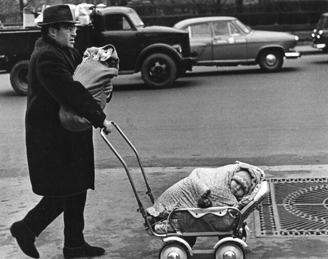 «Плевать мне на Мальтуса», 1960. Фотограф Виктор Ахломов